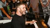 FInding Neverland - Backstage - 9/15 - Gary Barlow