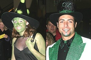 Wicked Opening - Fans in costume